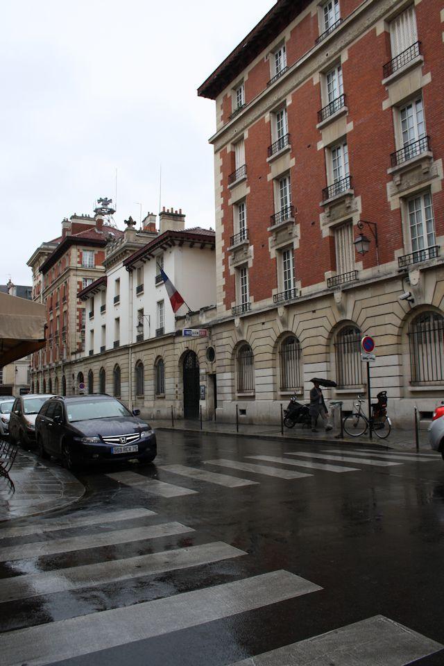 gendarmerie and air raid sirens on rue de bearn